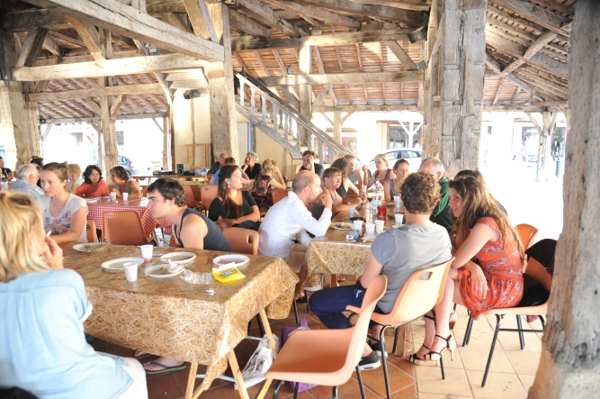 0288-nd7-2015-06-08-Villeréal-47-ldlh2-repas